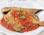 Ngon cơm với cá chim sốt cay đậm đà