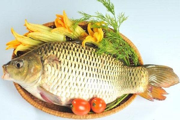 Nguyên liệu cho món cá chép om ngũ vị hương